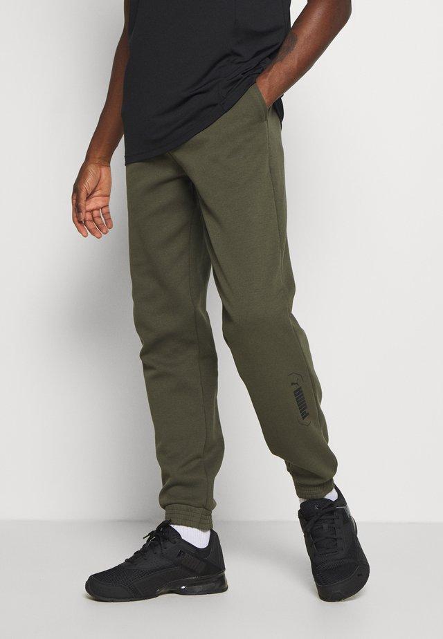 NU TILITY PANTS - Pantalon de survêtement - forest night