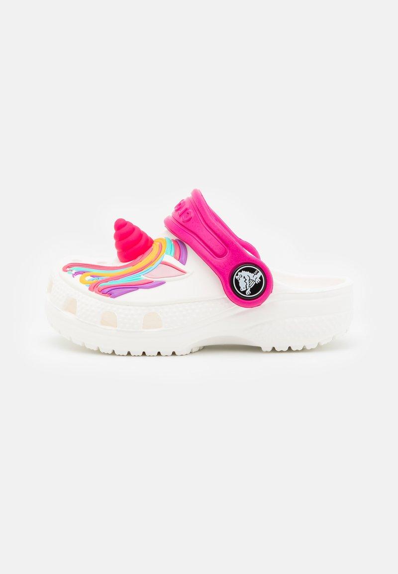 Crocs - CLASSIC I AM UNICORN - Pantofle - white