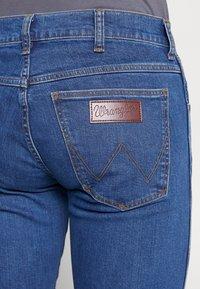 Wrangler - LARSTON - Slim fit jeans - best rocks - 5