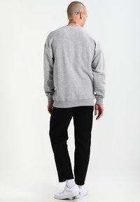 Urban Classics - CREWNECK - Sweatshirt - grey - 2