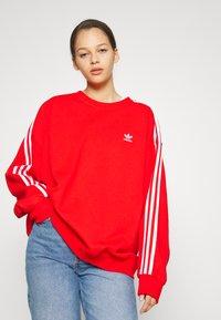 adidas Originals - Sweatshirt - red - 0