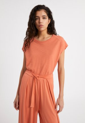 OFELIAA - Basic T-shirt - burned mandarin