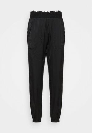 BOXING JOGGER - Teplákové kalhoty - black