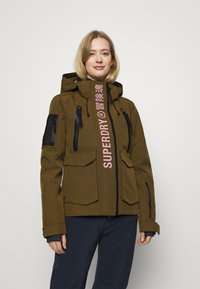 Superdry - ULTIMATE RESCUE JACKET - Skijakke - dusty olive - 0
