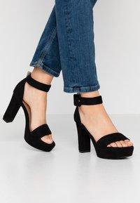 Bullboxer - High heeled sandals - black - 0