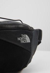 The North Face - LUMBNICAL S UNISEX - Riñonera - asphalt grey/black - 7