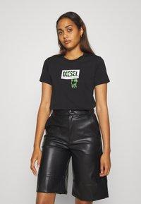Diesel - T-SILY-E52 T-SHIRT - T-shirt imprimé - black - 0
