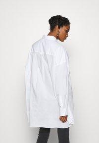 Weekday - TOVA - Button-down blouse - white - 2