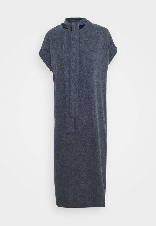 VMKIARA DRESS - Jersey dress - navy blazer