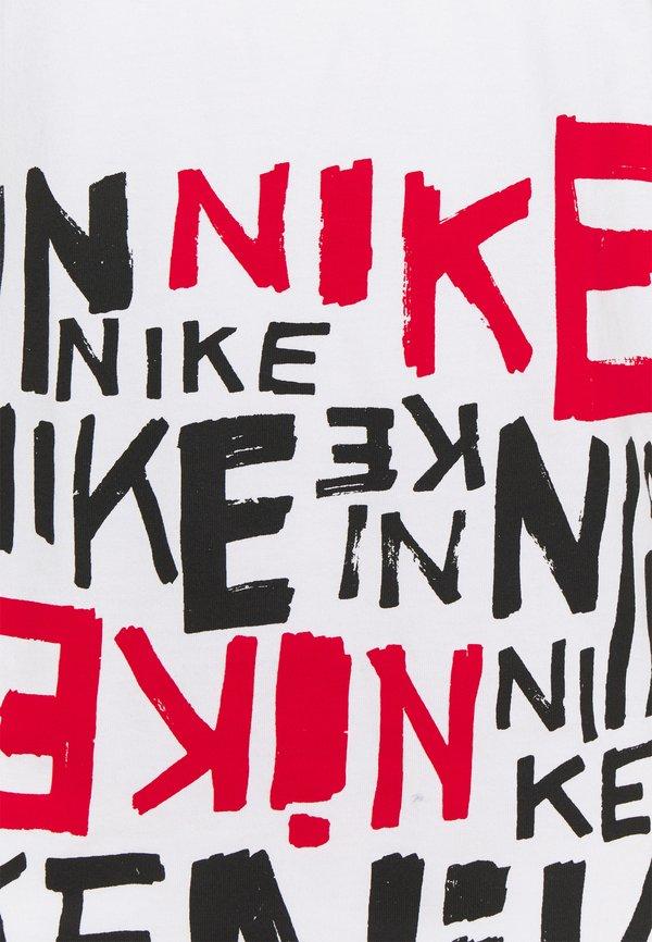 Nike Sportswear TEE - T-shirt z nadrukiem - white/university red/biały Odzież Męska SOTT