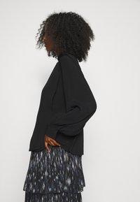 Bruuns Bazaar - LILLI NOME BLOUSE - Blouse - black - 3
