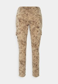 Mos Mosh - GILLES MAZE PANT - Trousers - cuban sand - 1