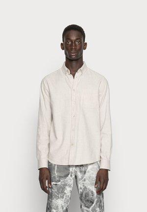 ELDER REGULAR FIT - Shirt - beige