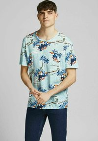 Jack & Jones - Print T-shirt - ether - 0