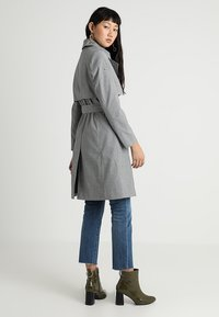 Superdry - SIRENA - Trenchcoat - black - 2