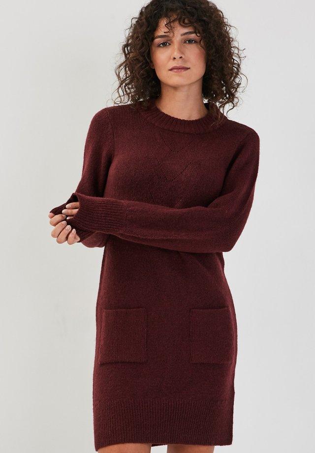 GERADES - Gebreide jurk - prune