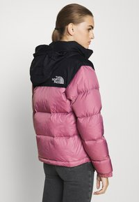 The North Face - W 1996 RETRO NUPTSE JACKET - Dunjakke - mesa rose