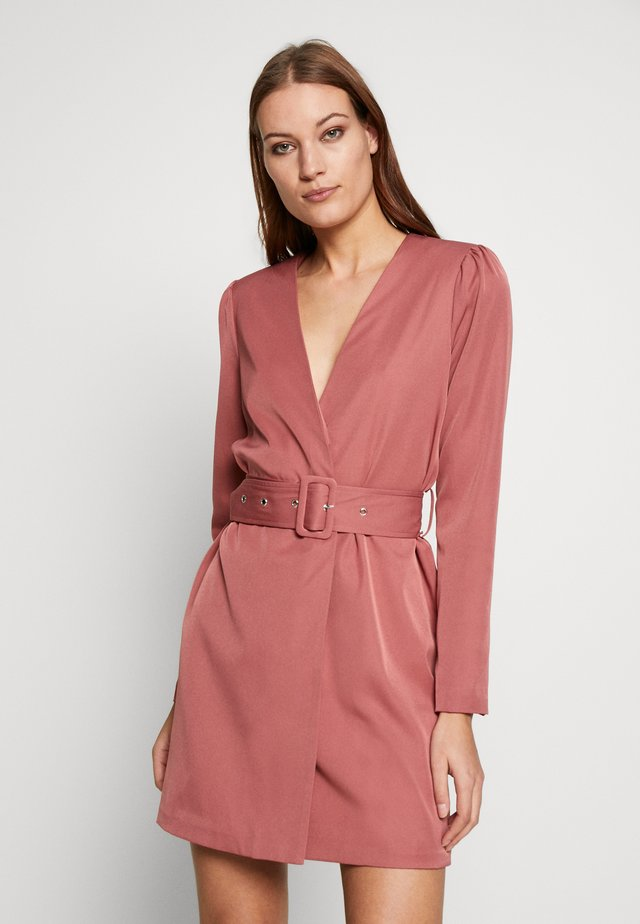 CREPE BELTED PUFF SLEEVE DRESS - Day dress - rose