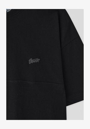 MIT AUFGESTICKTEM STWD-LOGO - T-shirts basic - black