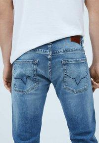 Pepe Jeans - Jeans slim fit - denim - 4