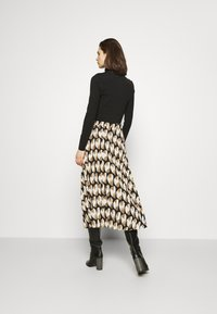 Freequent - PAULA MUST - A-line skirt - beige/sand - 2