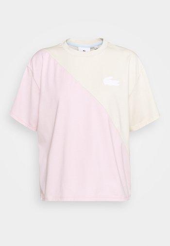 T-shirt imprimé - naturel clair/nidus