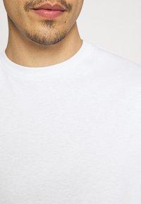 9N1M SENSE - ELISIUM UNISEX - Print T-shirt - white - 6