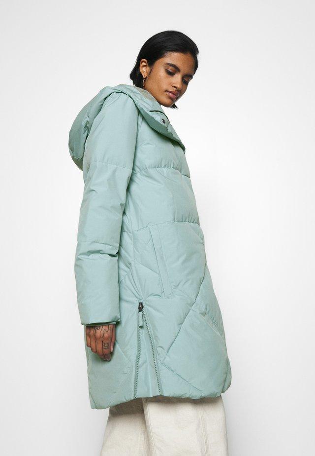 ABBIE  - Abrigo de invierno - tourmaline