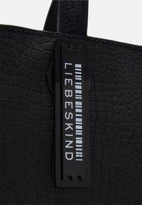 Liebeskind Berlin - PAPER BAG S - Handbag - black - 3