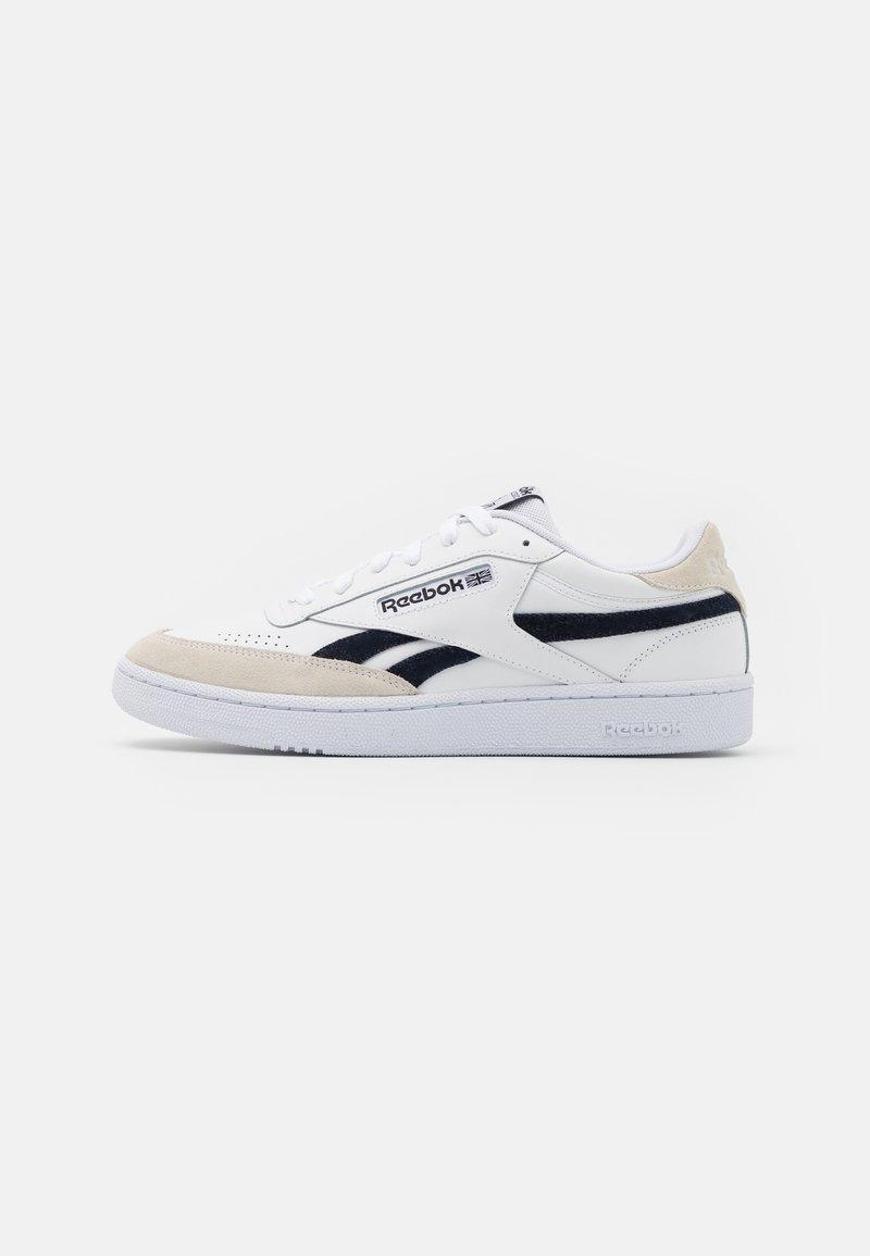 Reebok Classic - CLUB C REVENGE UNISEX - Matalavartiset tennarit - footwear white/core black