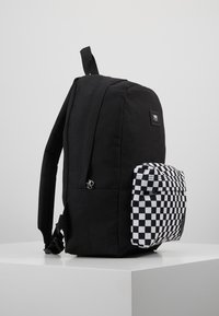 Vans - NEW SKOOL BACKPACK - Rucksack - black - 4