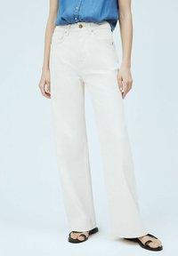Pepe Jeans - LEXA SKY HIGH - Flared Jeans - denim - 0