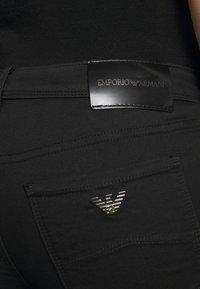 Emporio Armani - Jeans Skinny Fit - black - 3