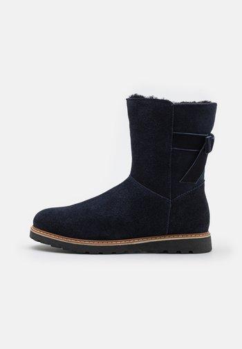 LEATHER - Snowboots  - dark blue