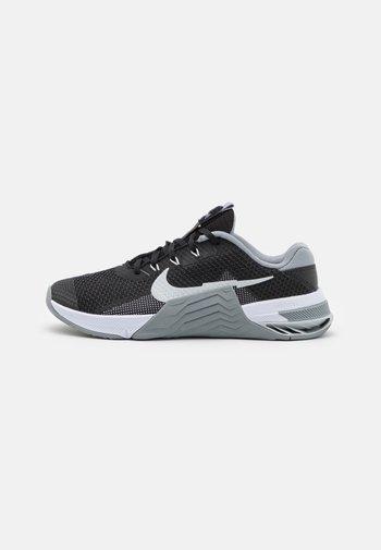 METCON 7 UNISEX - Sports shoes - black/pure platinum/particle grey/white