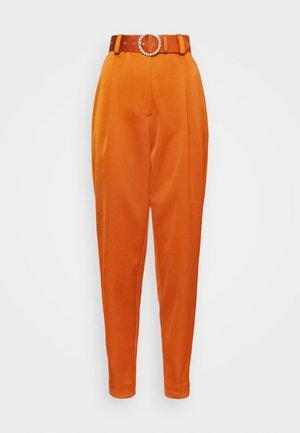 SALINACRAS PANTS - Pantalon classique - rust