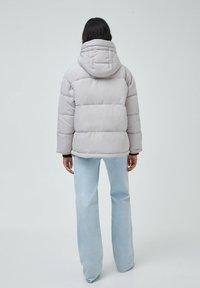 PULL&BEAR - Down jacket - grey - 3
