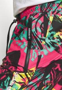 adidas Originals - PANTS - Träningsbyxor - multicolor - 4