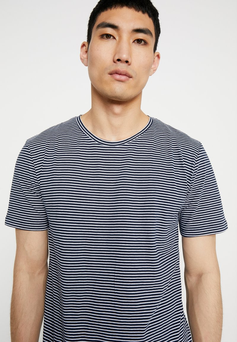 Minimum LUKA - T-Shirt basic - navy blazer/dunkelblau xFPtAU
