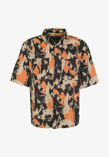 JANEZ - Shirt - marbled camo