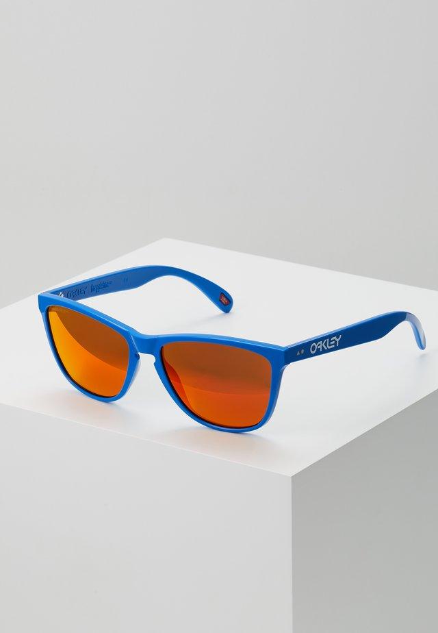 FROGSKINS - Zonnebril - prim blue/prizm ruby