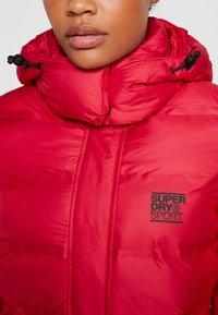 Superdry - KOANDA PUFFER JACKET - Skijakker - raspberry red - 8