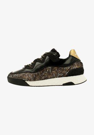 ALEXA FANTA - Sneakers laag - black-gold