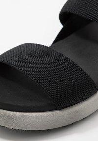 Keen - ELLE BACKSTRAP - Sandały trekkingowe - black - 2