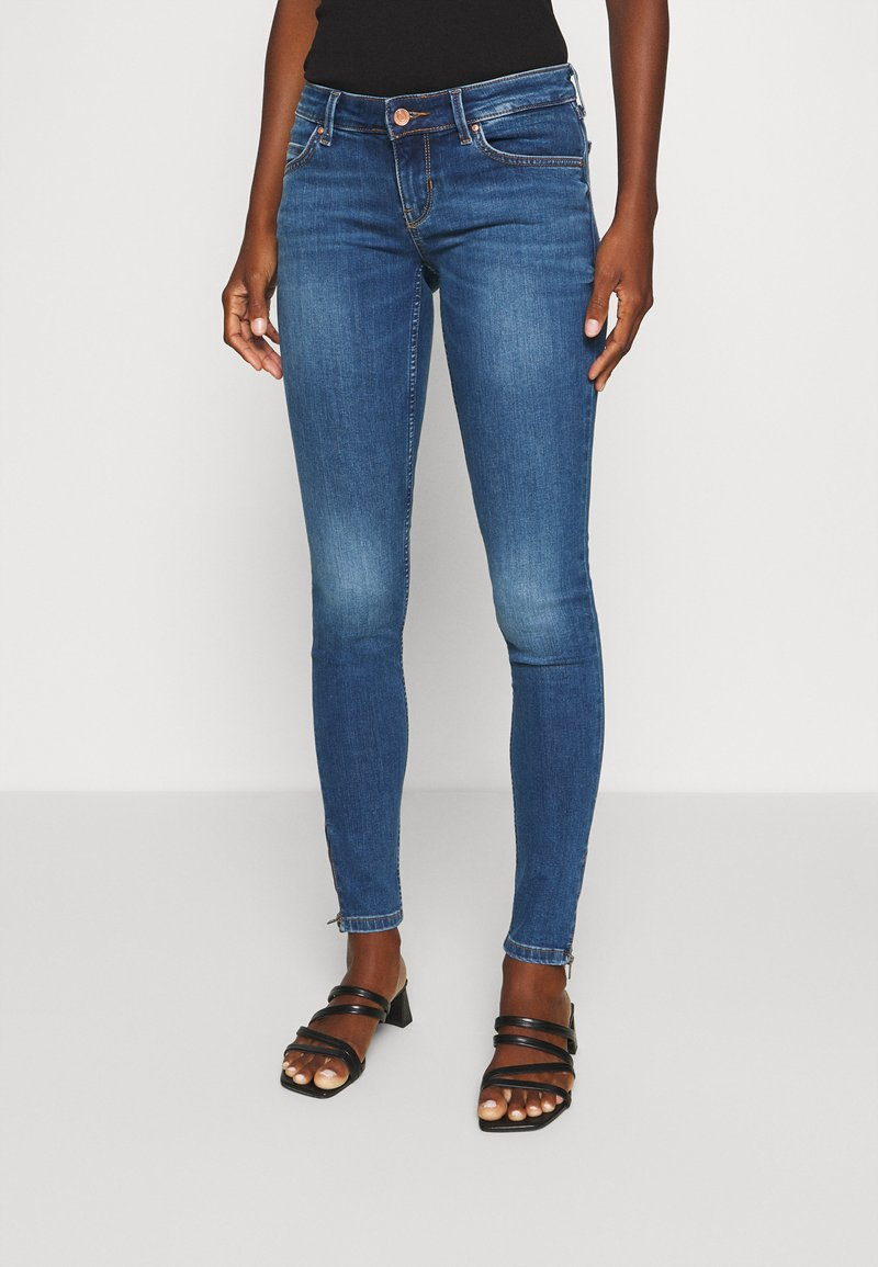 Guess - MARILYN  - Jeans Skinny Fit - sheffield