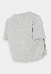 Pieces Maternity - PCMRINA CROP  - Camiseta básica - light grey melange - 1