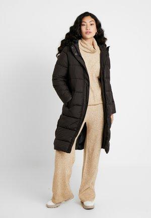 ONLCAMMIE LONG QUILTED COAT  - Klassinen takki - black