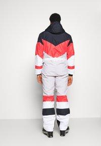 OOSC - FRANK THE TANK  - Snow pants - white - 2