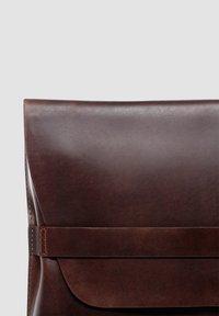 SID & VAIN - LAPTOP-HÜLLE - HARVORD - Laptop bag - braun - 2