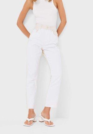 MIT PATCHWORK  - Slim fit jeans - mottled beige